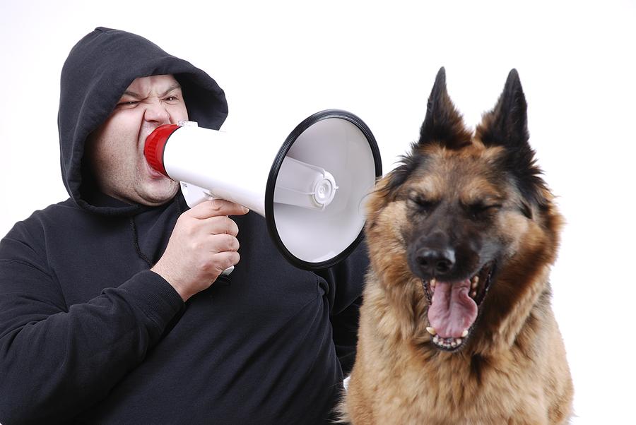 """Moj pas ne """"sluša"""" !!"""